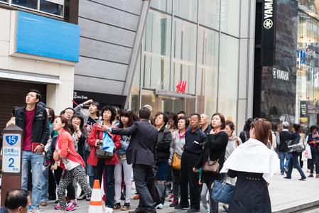 [新聞] 中國遊客「爆買」盛況 扭轉日本旅遊赤字