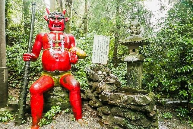 [新聞] 【日本旅遊】到東霧島神社一定要來看看當地最負盛名的「赤鬼傳說」